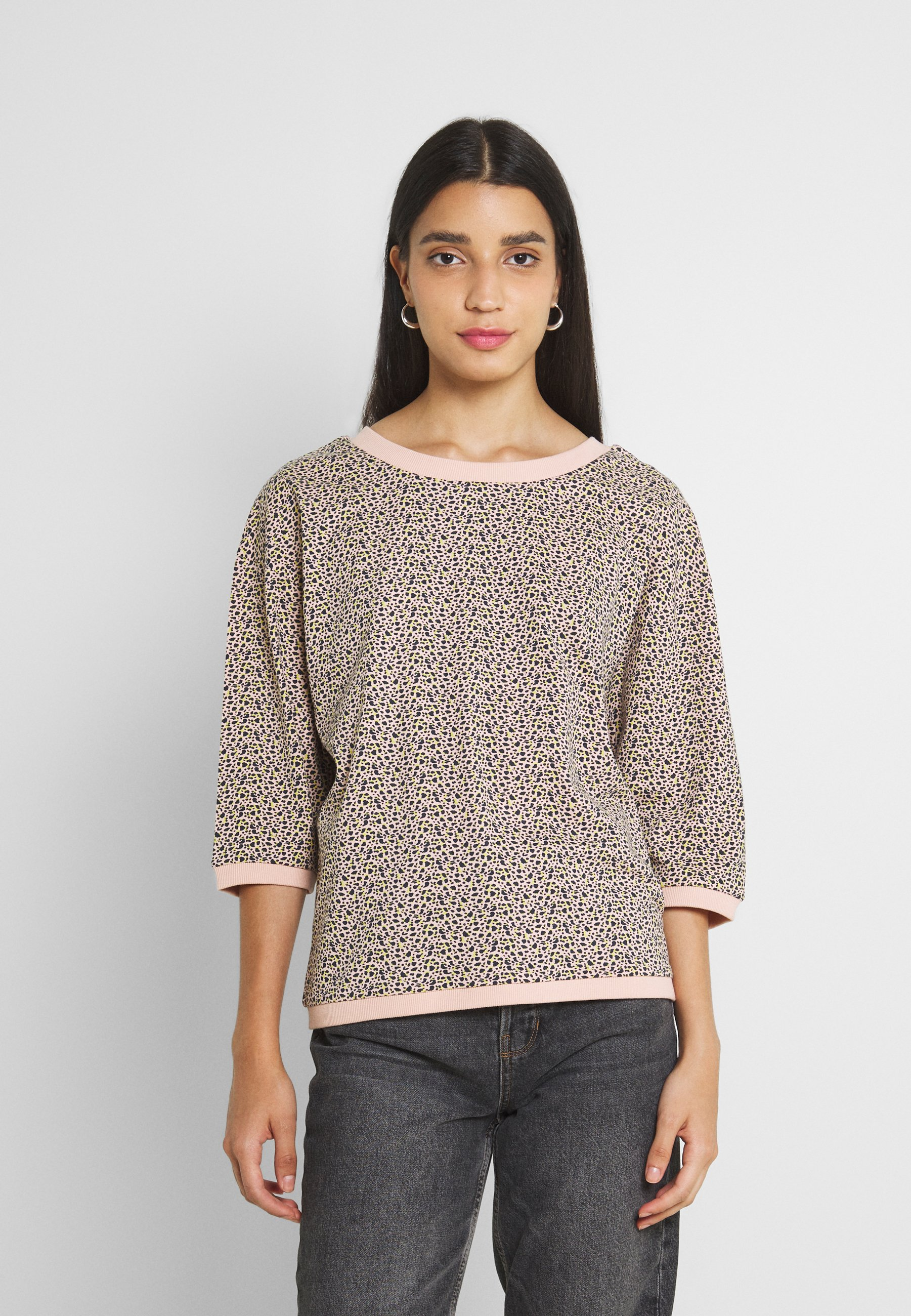 Women NUBRIGHED - Sweatshirt