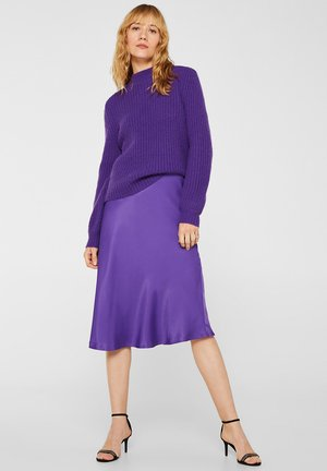 A-line skirt - purple