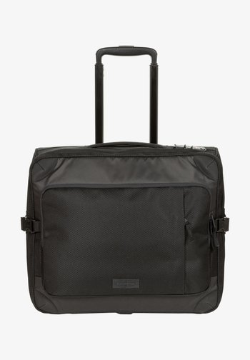 Luggage - cnnct coat