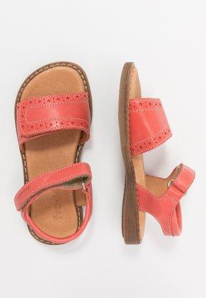 LORE CLASSIC MEDIUM FIT - Sandals - coral