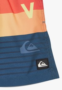Quiksilver - WORD BLOCK VOLLEY YOUTH - Swimming shorts - majolica blue - 2