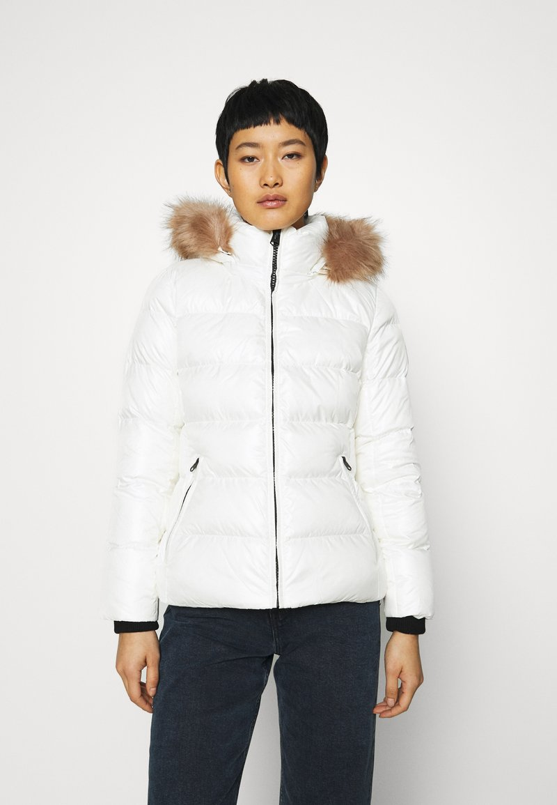 Calvin Klein - ESSENTIAL JACKET - Down jacket - snow white