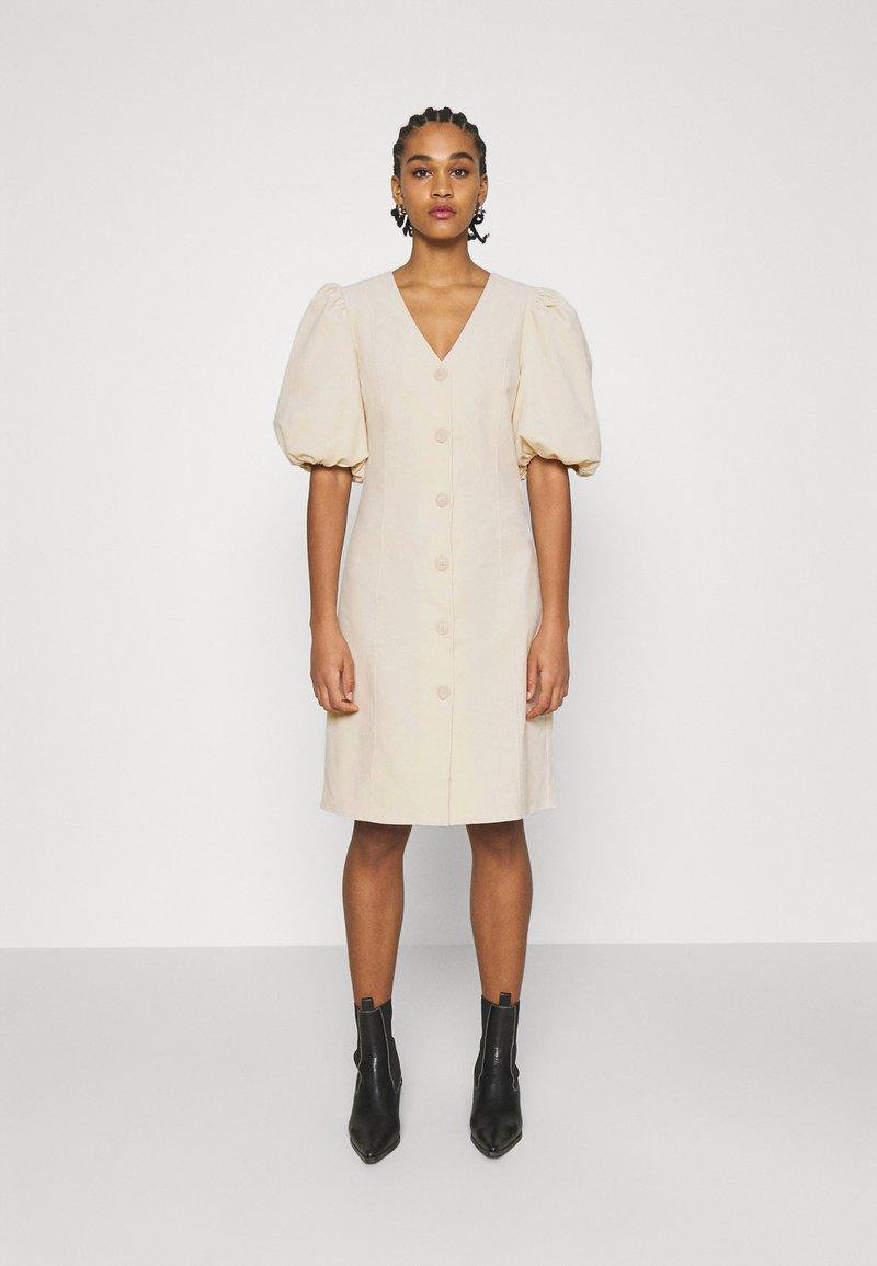 Minimum - API - Day dress - broken white