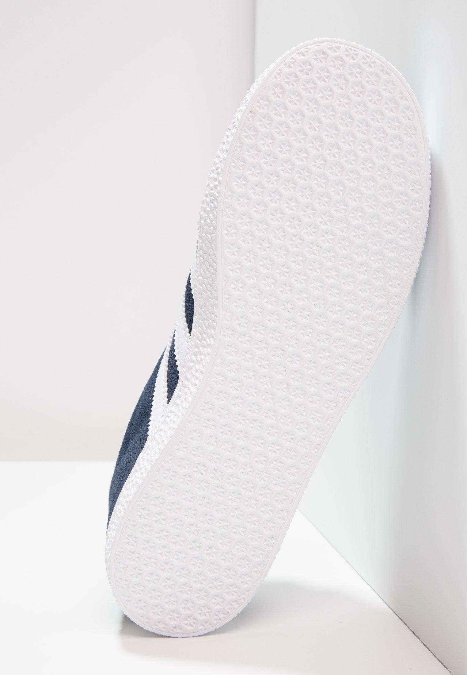 GAZELLE UNISEX - Baskets basses - collegiate navy/footwear white