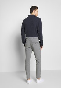 Jack & Jones - JJIMARCO JJCONNOR  - Bukser - grey melange - 2