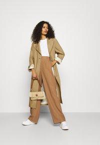 Hope - DUAL COAT - Trenchcoat - beige - 1