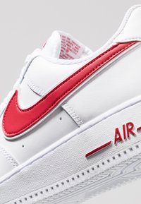 Nike Sportswear - AIR FORCE 1 '07 - Trainers - white/gym red - 5