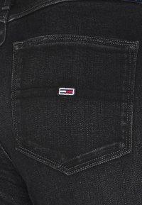 Tommy Jeans - SYLVIA SKINNY ANKLE  - Jeans Skinny Fit - cedar black - 5