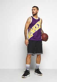 Mitchell & Ness - NBA LA LAKERS BIG FACE LAKERS  - Article de supporter - purple - 1