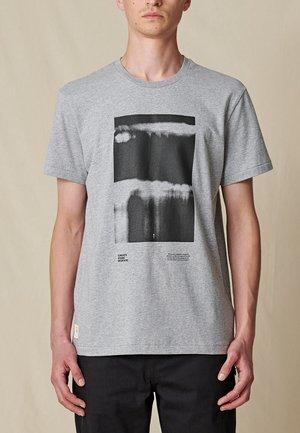 BARRELS  - T-shirt print - grey marle