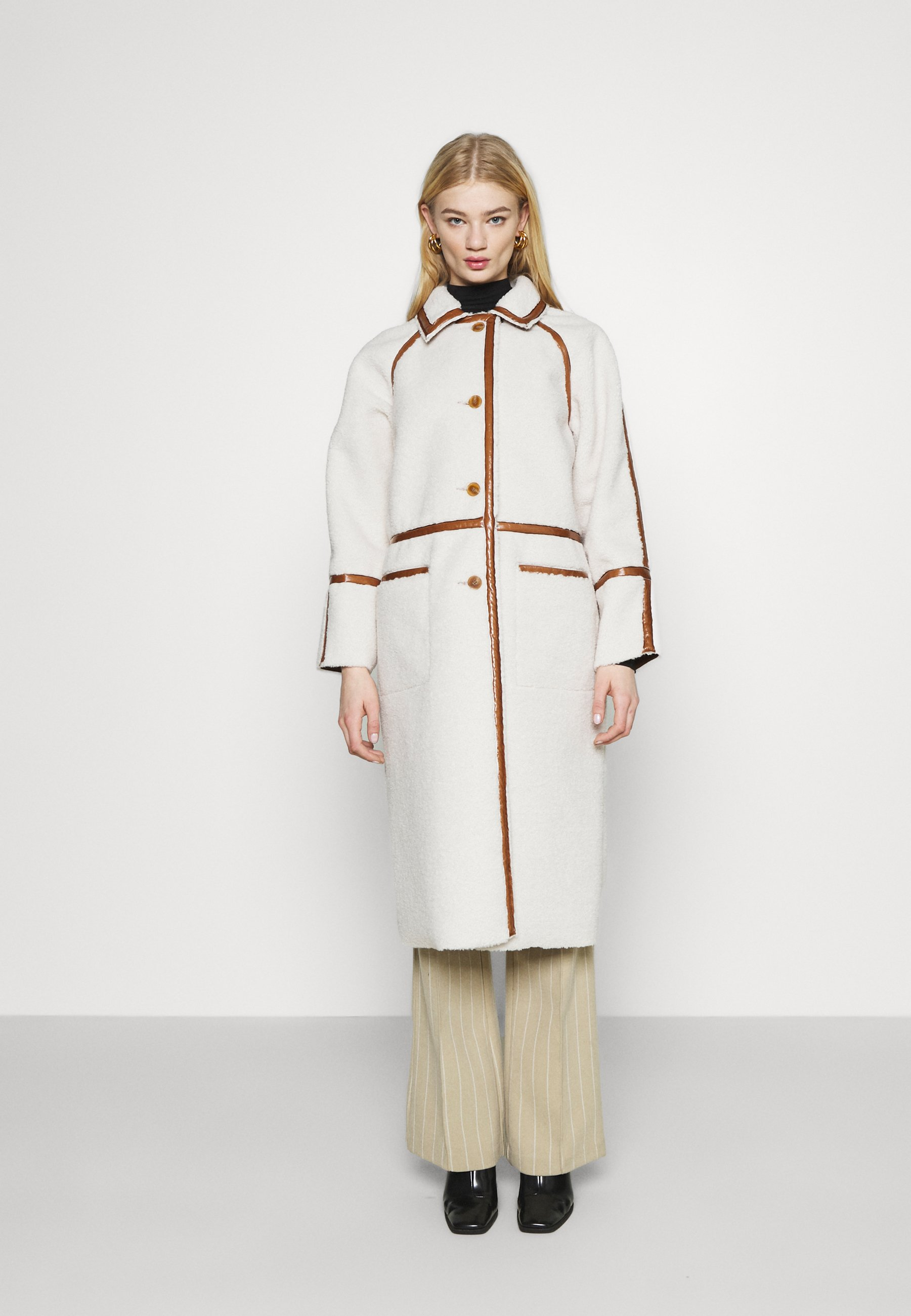Women ELIZA CONTRAST BORG - Classic coat