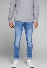 Jack & Jones - TIM ORIGINAL  - Slim fit jeans - blue denim - 0