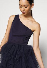 Chi Chi London - ZAZA DRESS - Sukienka koktajlowa - navy - 5