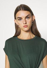 EDITED - FAITH DRESS - Etuikjole - green - 3
