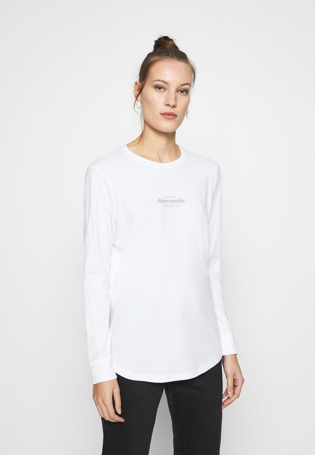 ITALIC LOGO TEE - Long sleeved top - white