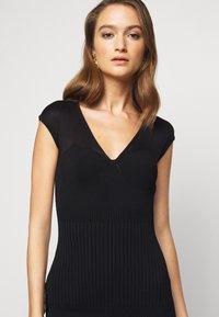 Hervé Léger - V NECK DRESS - Shift dress - black - 5