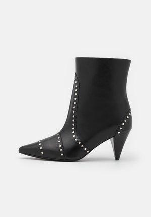 PINTO - Kotníkové boty - black