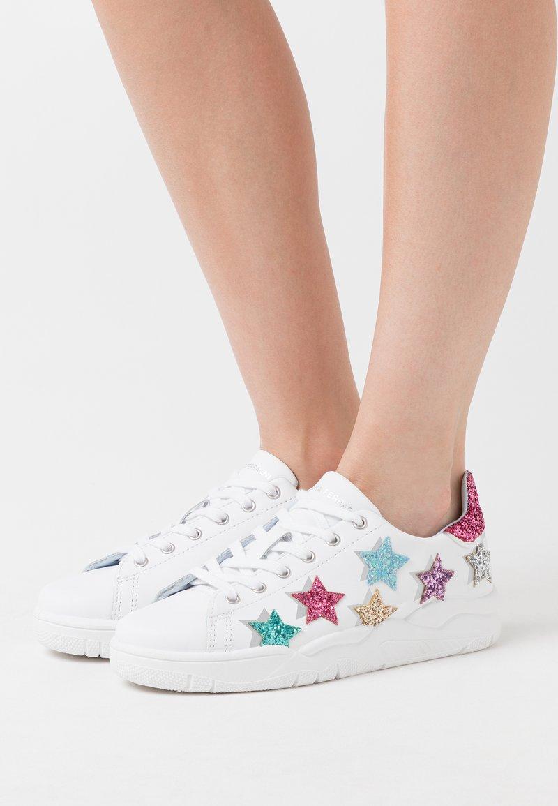 CHIARA FERRAGNI - ROGER SHADE STARS - Zapatillas - white/multicolor