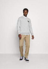 Pier One - Sweatshirt - light grey - 1