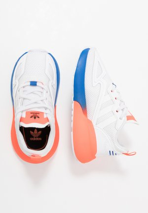 ZX 2K - Trainers - footwear white/solar red/blue