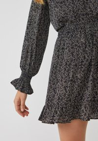 Aaiko - COLBY MINIMAL PES 564 - Button-down blouse - black dessin - 3