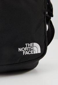 The North Face - SHOULDER BAG - Axelremsväska - black/white - 7