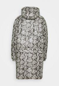 Just Cavalli - Zimní kabát - black variant - 1