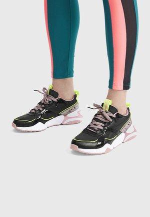 Zapatillas de running neutras - black/bridal rose