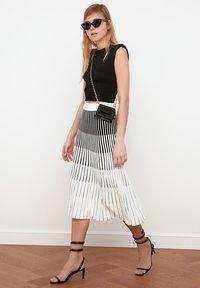A-line skirt - cream