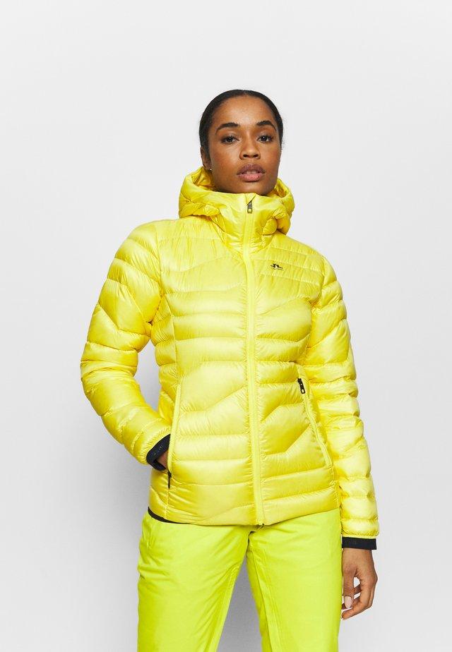 EMMA  - Bunda zprachového peří - banging yellow
