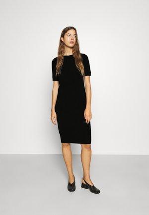 CASH TEE DRESS - Jumper dress - black