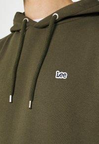 Lee - PLAIN HOODIE - Sweat à capuche - olive green - 5