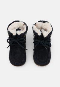 Kickers - BAMARA - Šněrovací kotníkové boty - marine - 3