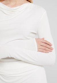 By Malene Birger - KANIA - Long sleeved top - soft white - 5