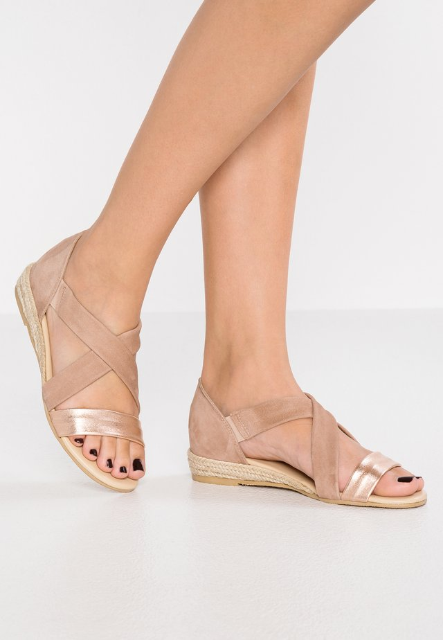 ALBA - Wedge sandals - oro rosatto