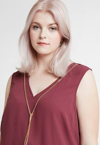 Anna Field Curvy - Blouse - burgundy - 3