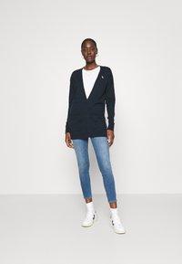Abercrombie & Fitch - STAR - Jeans Skinny Fit - indigo - 1