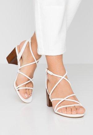 SAIGON - Sandaler - white