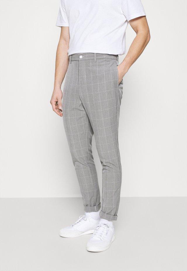 DICE - Kangashousut - grey