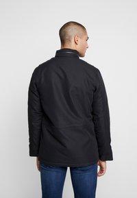 Levi's® - SHERPA FIELD - Light jacket - black - 2