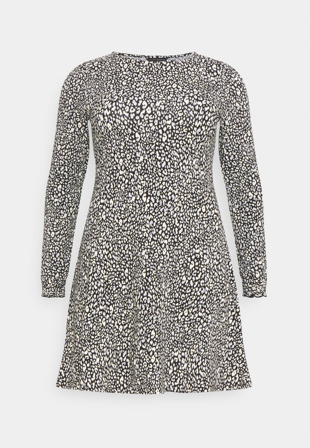 CURVE SUSTAINABLE MINI DRESS - Sukienka z dżerseju - multi