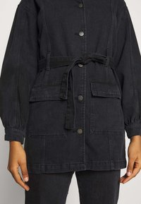 JDY - JDYSANSA BELTED JACKET  - Short coat - black denim - 5