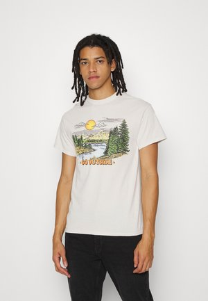 GO OUTSIDE UNISEX - Print T-shirt - stone