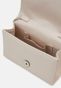Forever New - ROSANNA EMBELISHED - Clutch - nude - 2