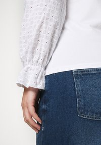 Pieces Curve - PCLIZZIE - Long sleeved top - bright white - 3
