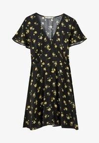 PULL&BEAR - MIT ELASTISCHER TAILLE - Day dress - black - 4