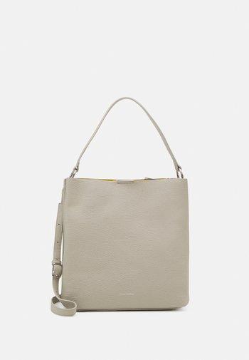LOONA - Handbag - ice white