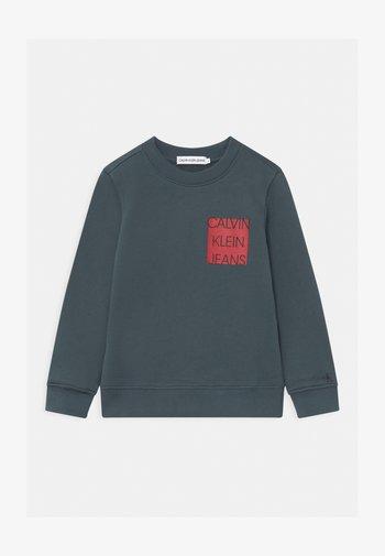LOGO CHEST BOX  - Sweatshirt - blue
