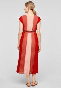 s.Oliver BLACK LABEL - Day dress - red colourblock - 2