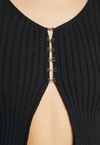 Milk it - HOOK AND EYE FRONT FAS - Cardigan - black - 6